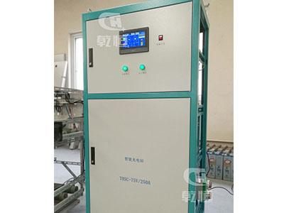 24V/100A智能伸縮充電機