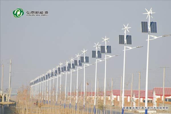 新疆奎屯博爾通古新村太陽能路燈