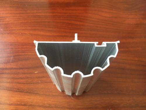 平开门铝型材平面度