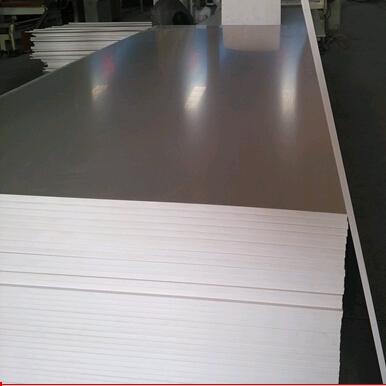 pvc发泡板厂家pvc发泡板用途 高密度pvc板的意义