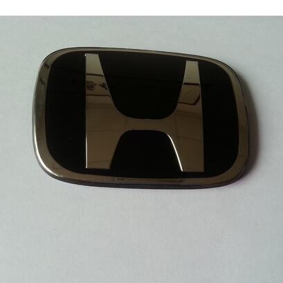 汽车车标喷油电镀