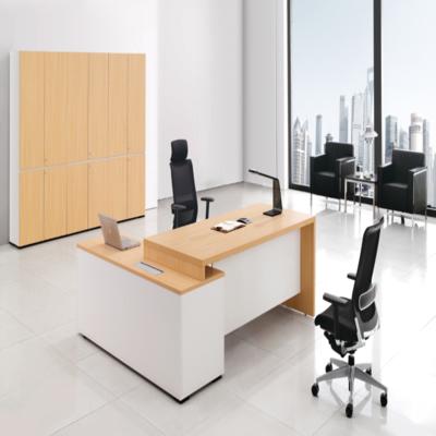 石家庄办公隔断怎么选择好的办公桌椅 提升企业形象的办公桌椅