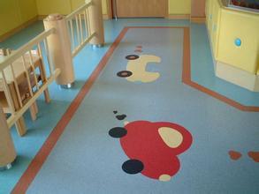 幼儿园塑胶地胶