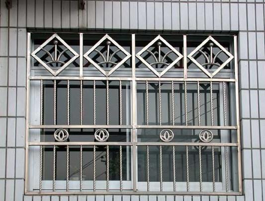 不锈钢防护栏制作