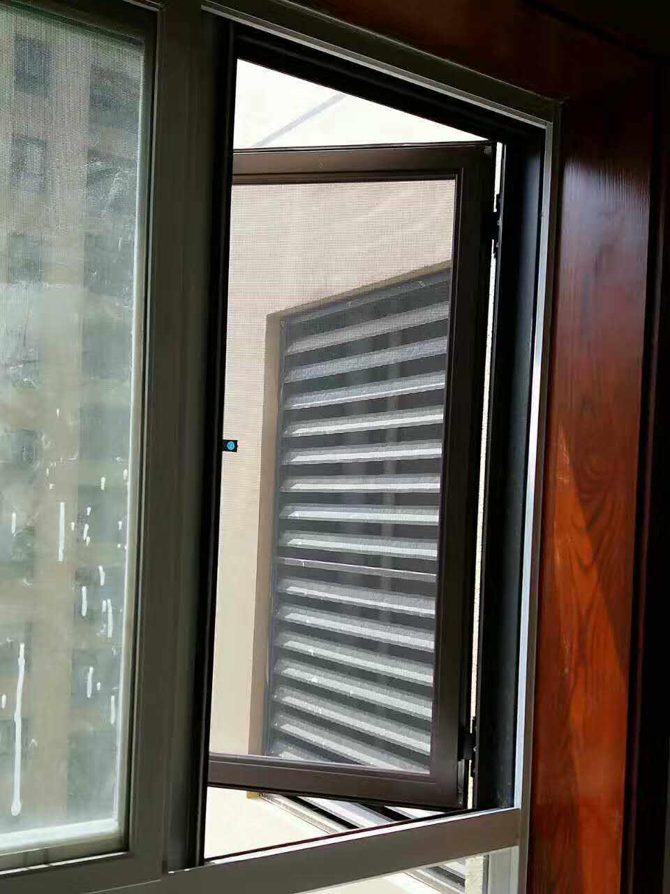 西安金刚网防盗窗