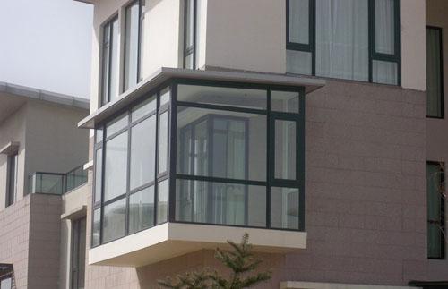 西安封阳台安装