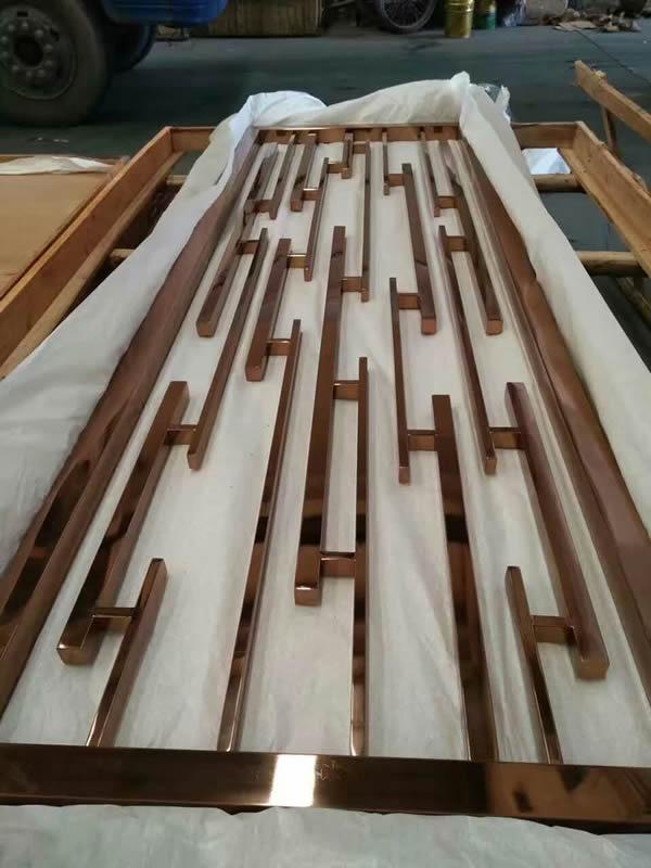 【知识】石家庄不锈钢镀钛工艺效果高大上 不锈钢装饰工程介绍