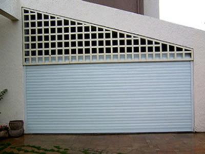 【】防火卷帘门的使用范围广泛 防火卷帘门安装前要定好尺寸