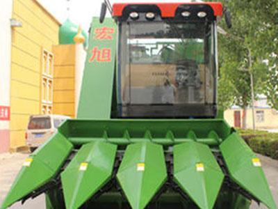 玉米联合收获机