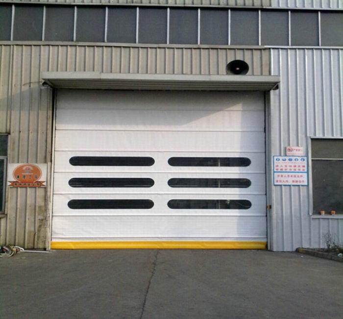 工业提升门的安装