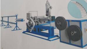 PU同步带生产机械