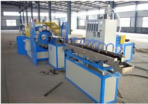 PVC软管生产机械