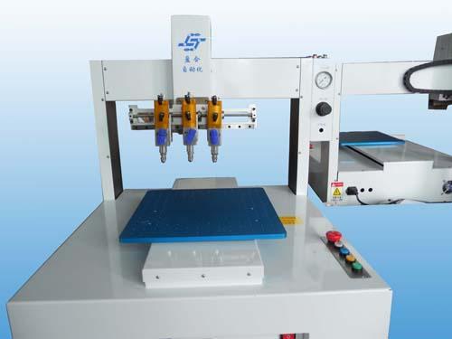 Multi head automatic dispensing machine