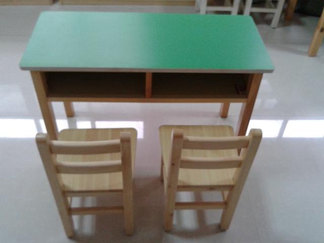 北京幼儿园专用桌椅