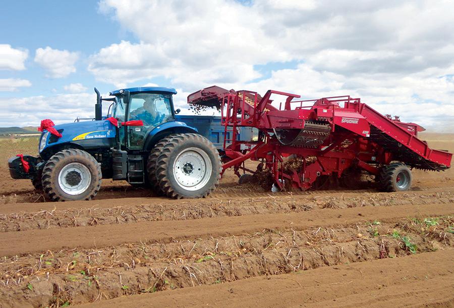纽荷兰T1804/T2104型拖拉机