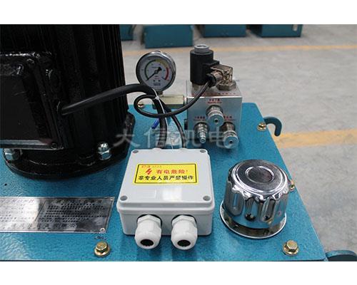 大型卸车平台用液压泵站