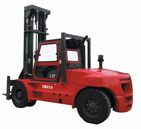 云南12-16T内燃平衡重式叉车