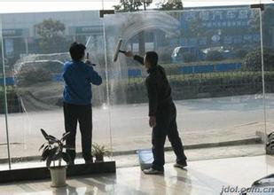 航空港�^玻璃清洗