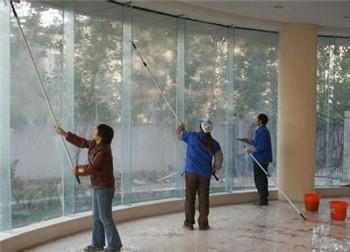 郑州玻璃外墙清洗