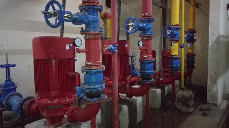 仙桃新城一号5期/消防水泵75kw、37klw调试