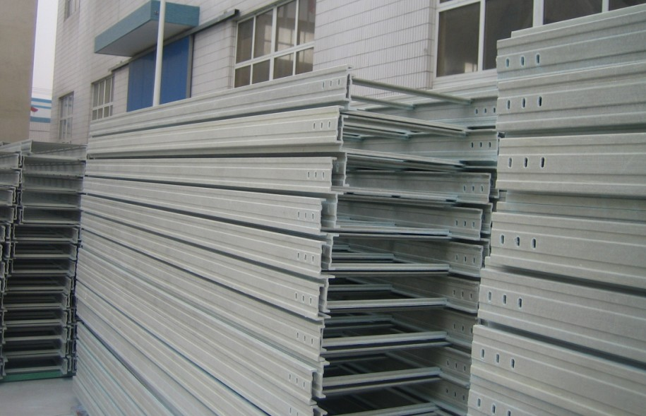 梯級式玻璃鋼橋架供應商