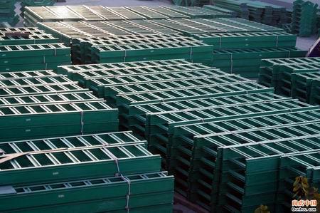 梯級式玻璃鋼橋架200*400
