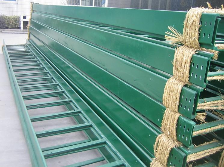 梯级式玻璃钢桥架200*600