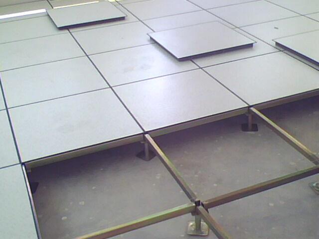 全鋼高架活動防靜電地板