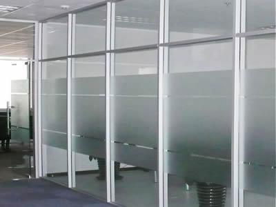 石家庄办公隔断玻璃隔断安装公司 隔断安装之固定玻璃