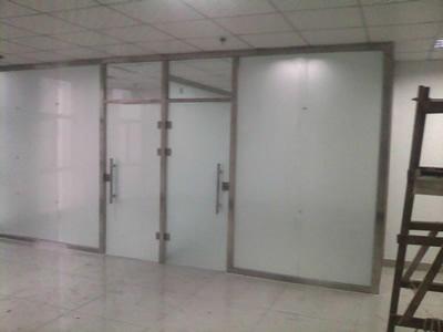 石家庄玻璃隔断厂家玻璃隔断的报价 办公隔断按部门分类