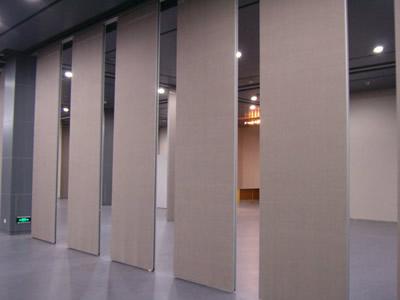 石家庄办公隔断如何维护玻璃隔断 把空间分割成不同区域