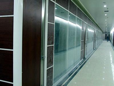 石家庄百叶玻璃隔断安装