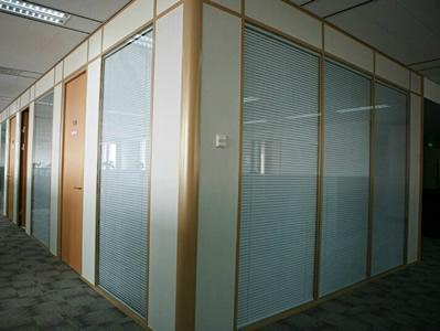石家庄百叶玻璃隔断安装公司