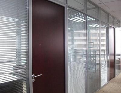 石家庄玻璃隔断安装公司