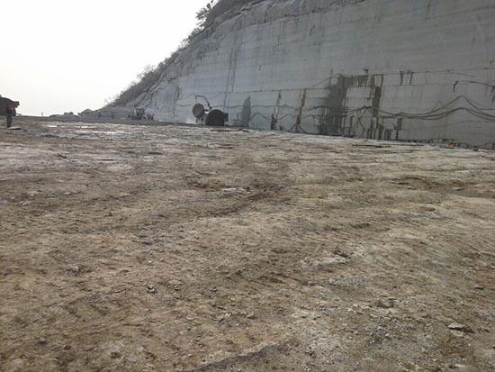 矿山石材开采