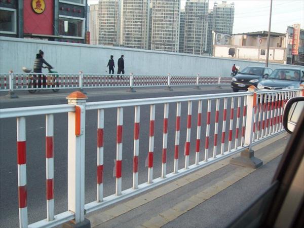 锌钢护栏网厂家