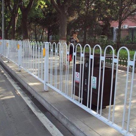云南锌钢护栏网厂家