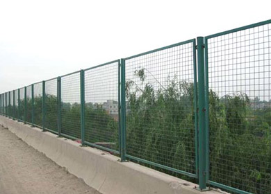 昆明护栏网