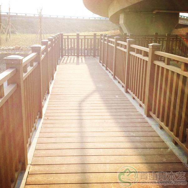 防腐木木塑栅栏