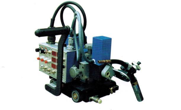 擺動式自動焊接小車