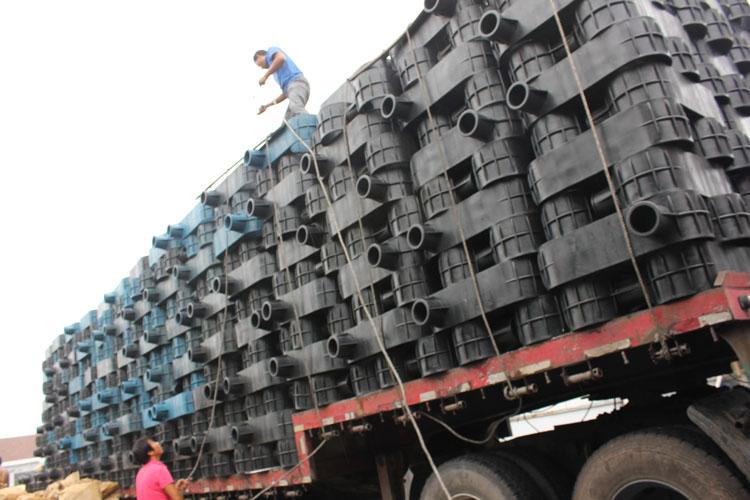 养鱼网箱塑料配件,深海养鱼网箱塑料管件,抗风浪塑料件
