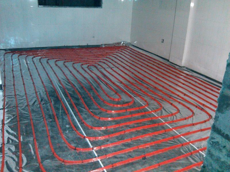 地暖管铺设