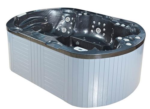 武汉水疗设备游泳池水消毒的注意事项的介绍 告诉您判断游泳池水处理周期