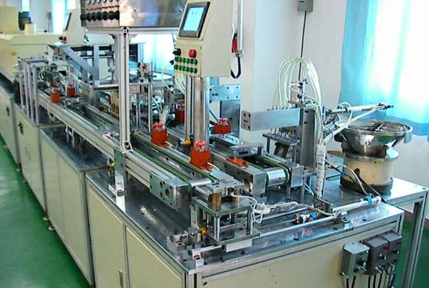 自动化组装测试设备