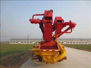 31米小型混凝土泵车
