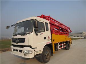 30米小型混凝土泵车
