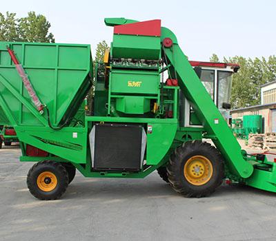 玉米收获青储一体机