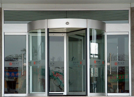 【盘点】武汉自动玻璃感应门 武汉电动门保养和维修的使用寿命