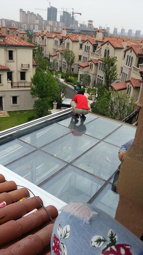 屋顶天幕蓬