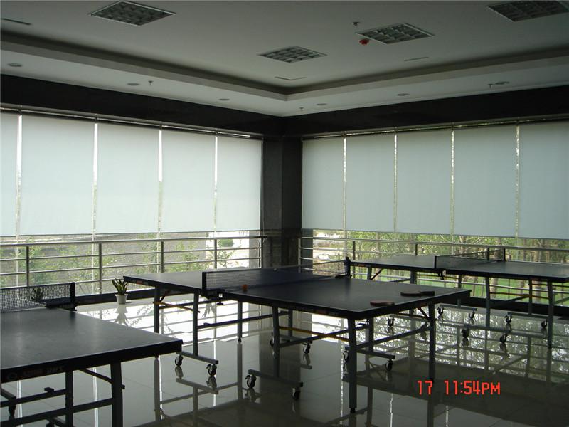 光谷建设乒乓室卷帘